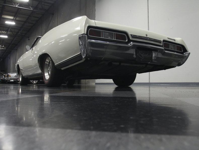 1967 Chevrolet Impala 24
