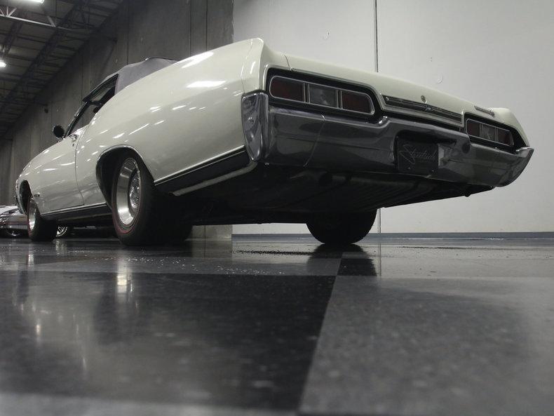 1967 Chevrolet Impala 25