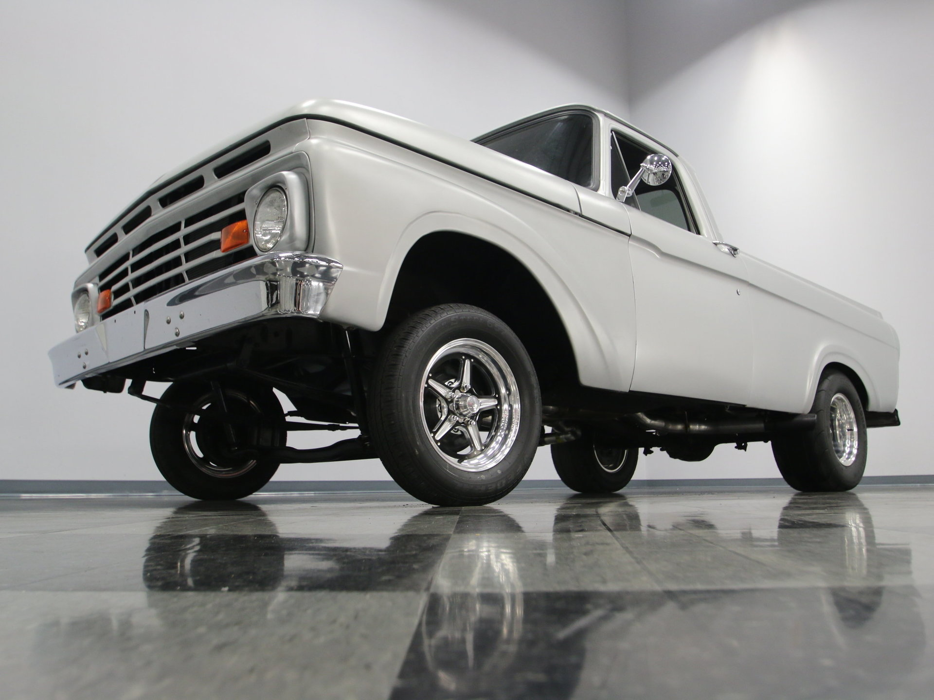 1962 Ford F 100 Streetside Classics The Nations Trusted Classic 1955 F100 With Mickey Thompsons View 360