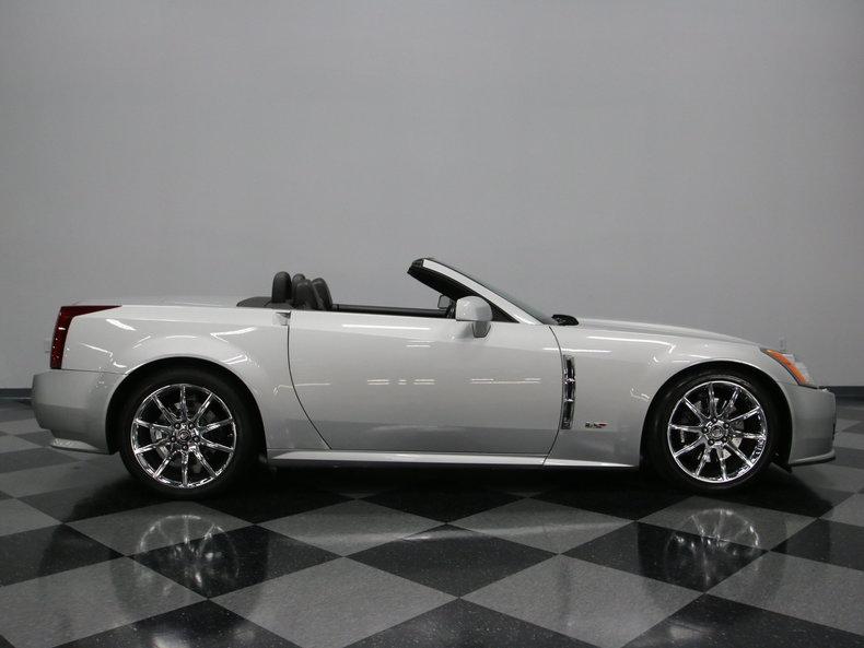 2009 Cadillac XLR V Convertible 2-Door   eBay