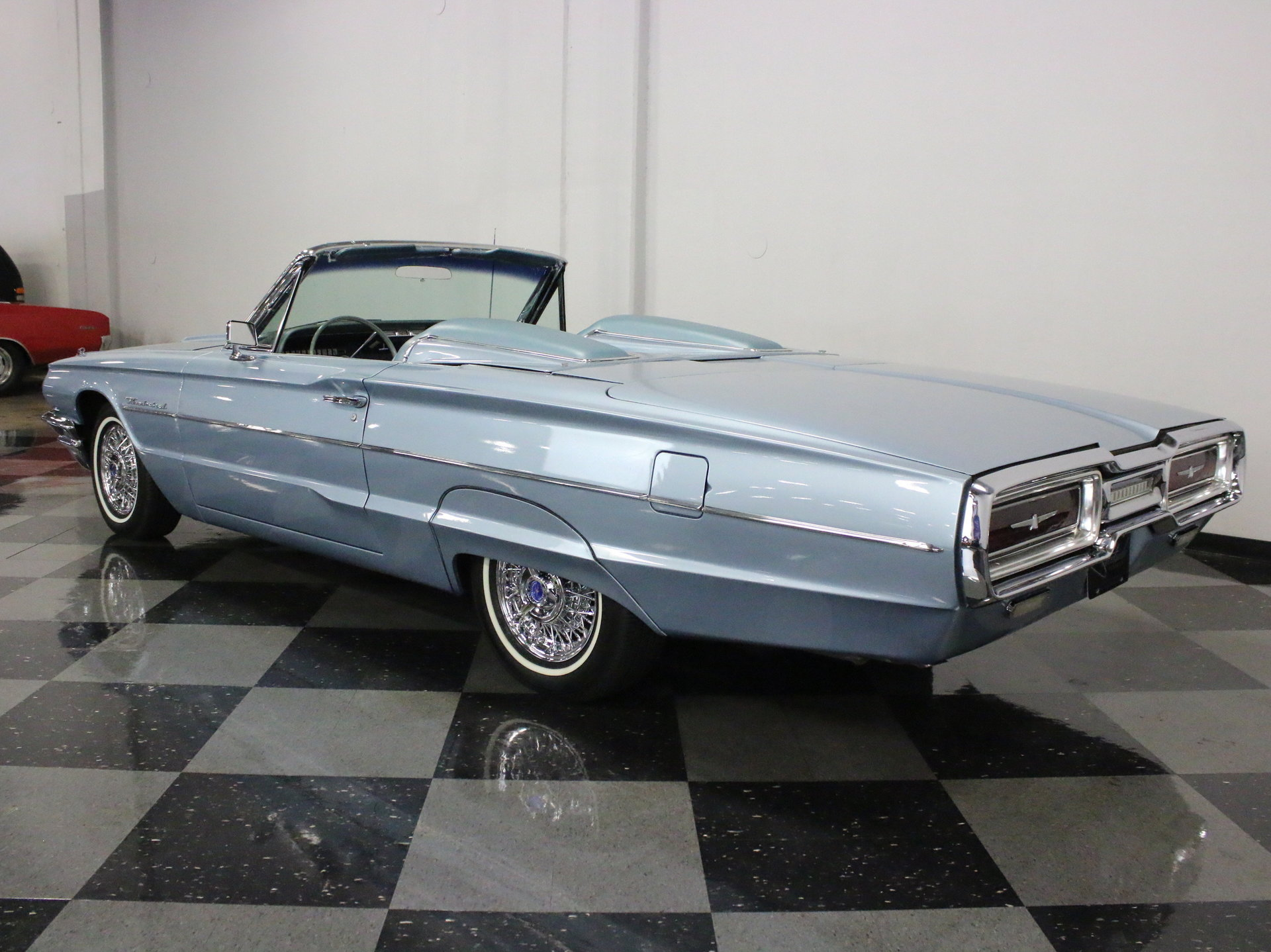 For Sale: 1964 Ford Thunderbird. Spincar view. View 360