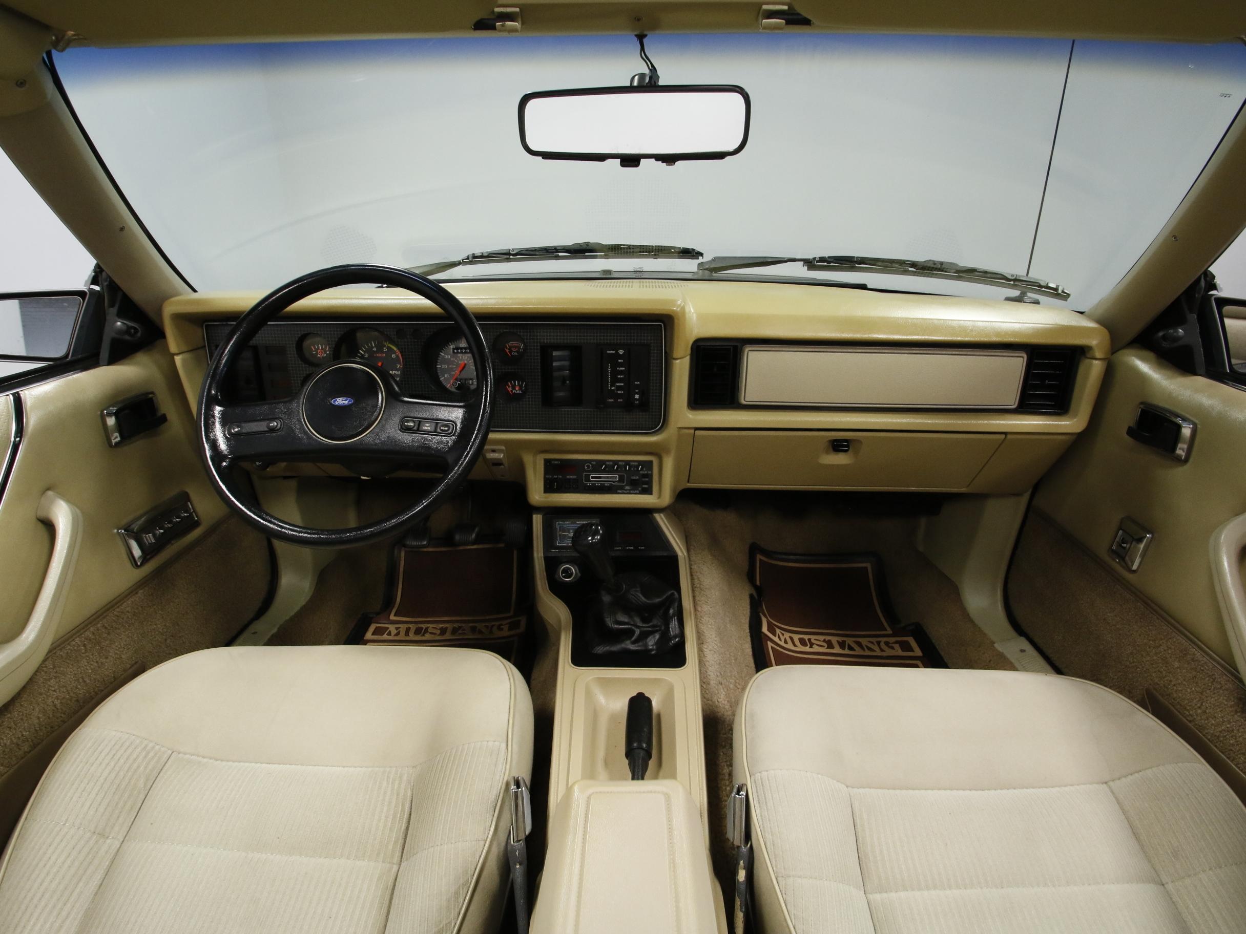4163-CHA | 1986 Ford Mustang LX 5.0 | Streetside Classics