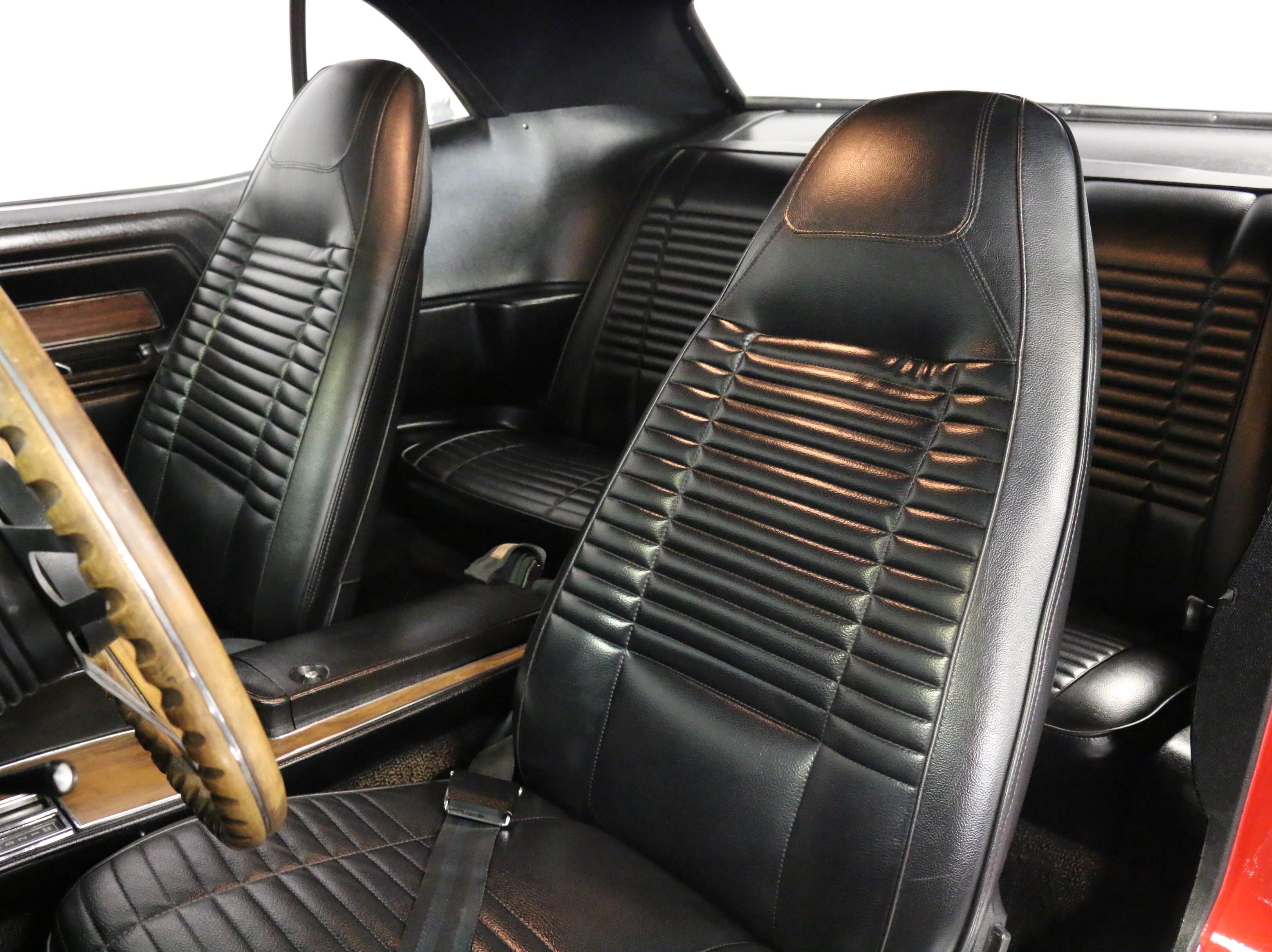 2487-DFW | 1970 Dodge Challenger T/A Six-Pack | Streetside Classics