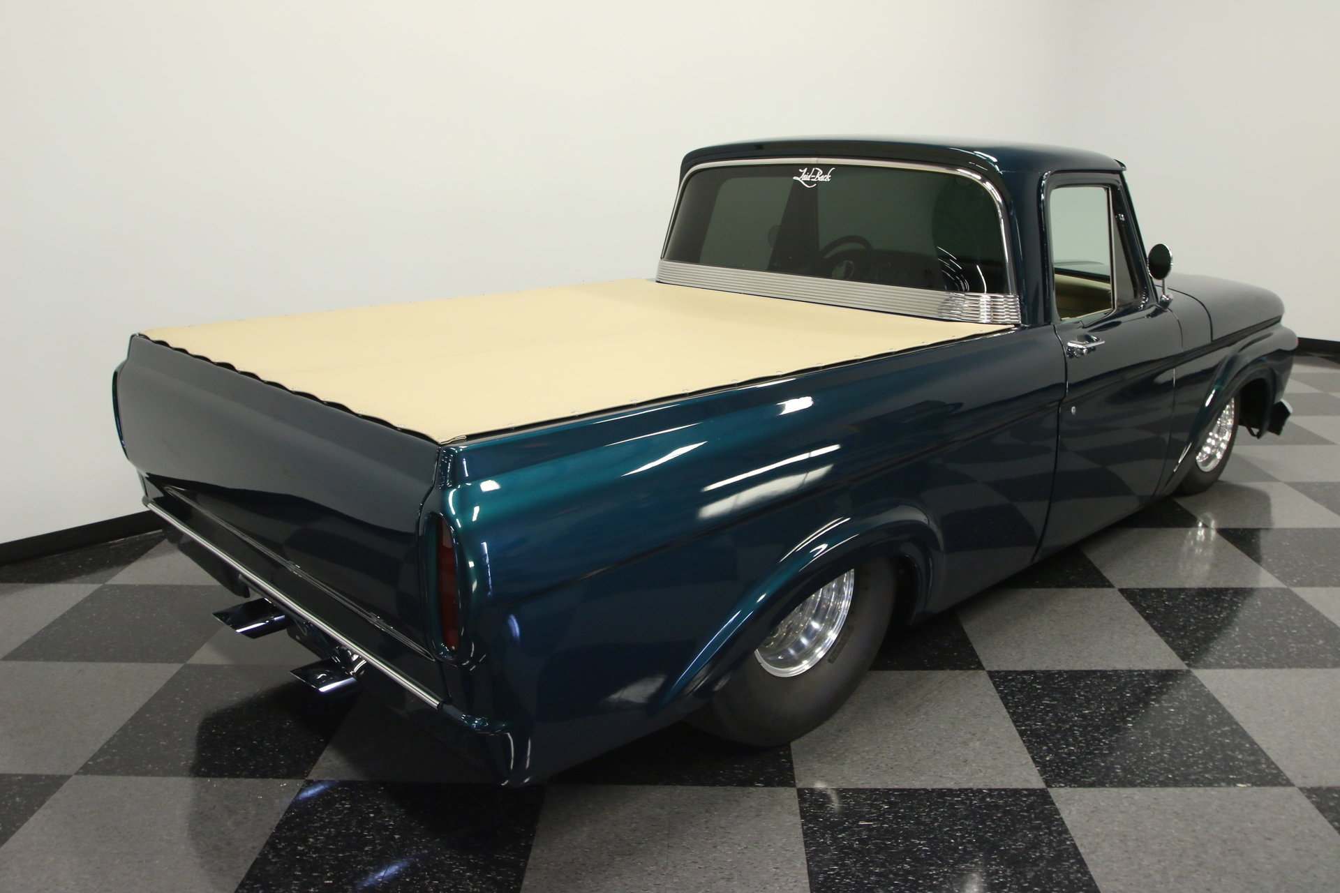 1961 Ford F 100 Streetside Classics The Nations Trusted Classic F100 Pickup View 360