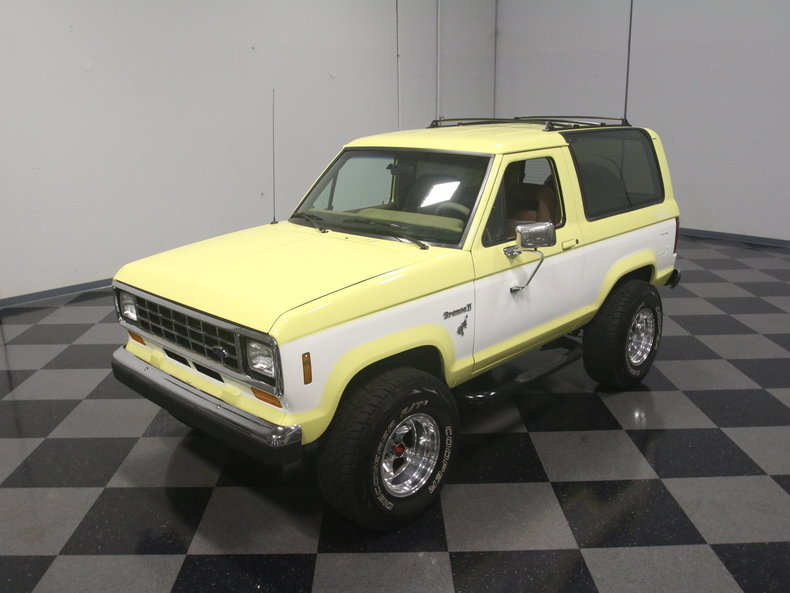 1988 Ford Bronco Ii Streetside Classics The Nation S