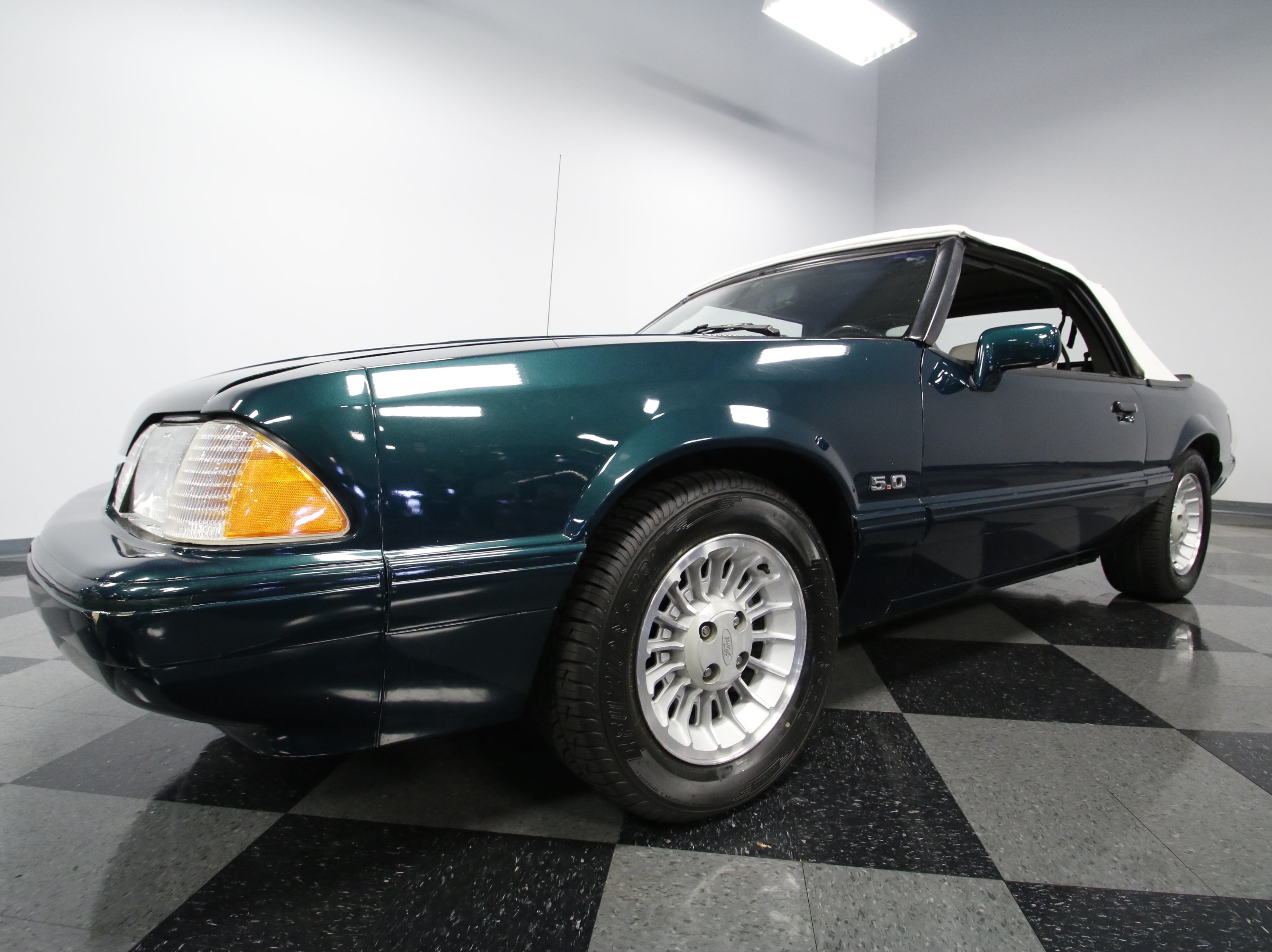 4241-CHA | 1990 Ford Mustang LX 7-UP Edition | Streetside Classics
