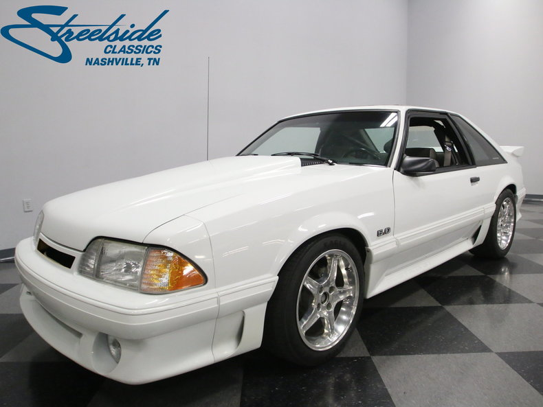 1990 Ford Mustang