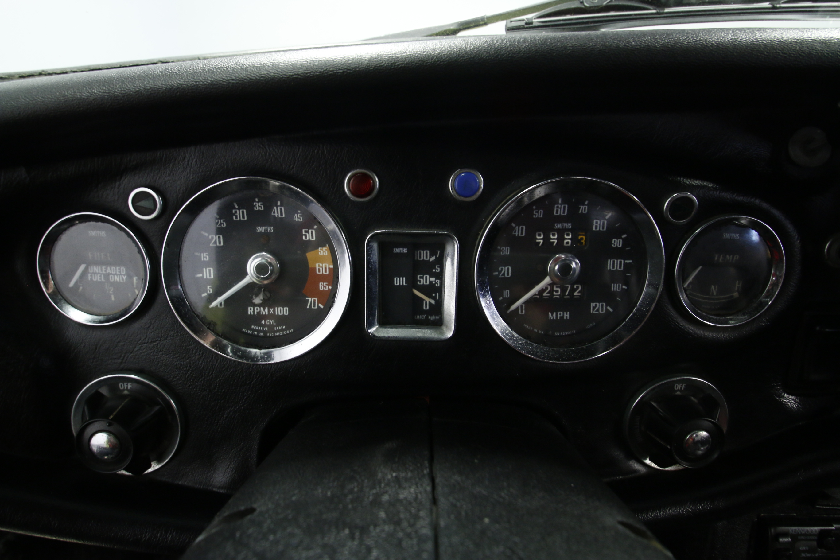 Atemberaubend Mgb Tachometer Bilder - Der Schaltplan - triangre.info