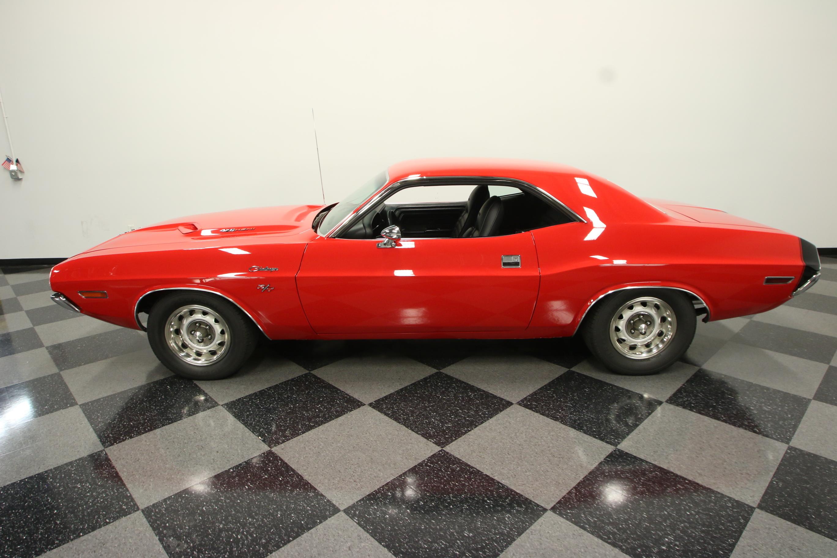 1029-TPA   1970 Dodge Challenger RT 426 HEMI Tribute   Streetside Classics