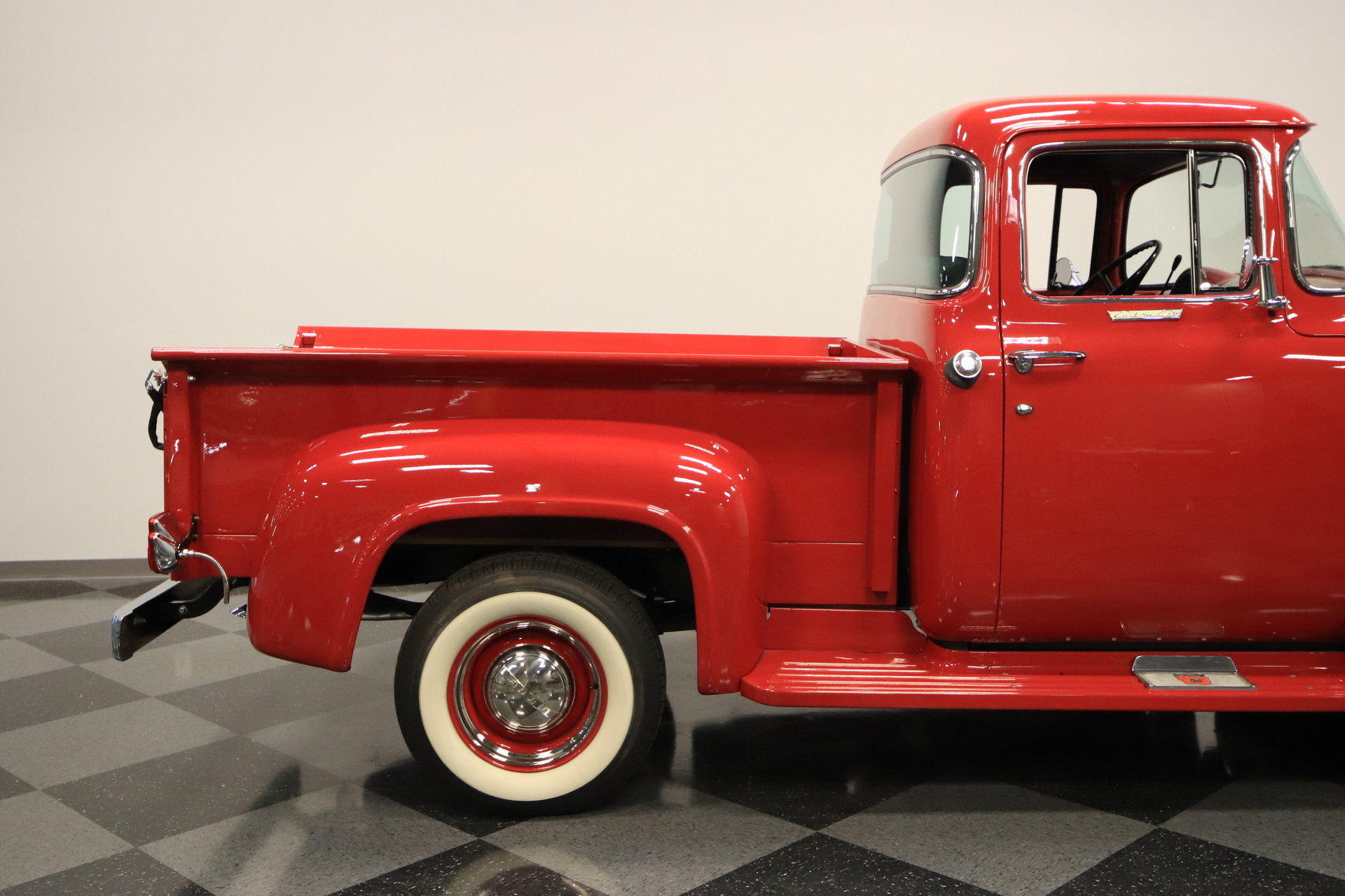 1956 ford f 100 streetside classics the nation 39 s for Garage ford chelles 77