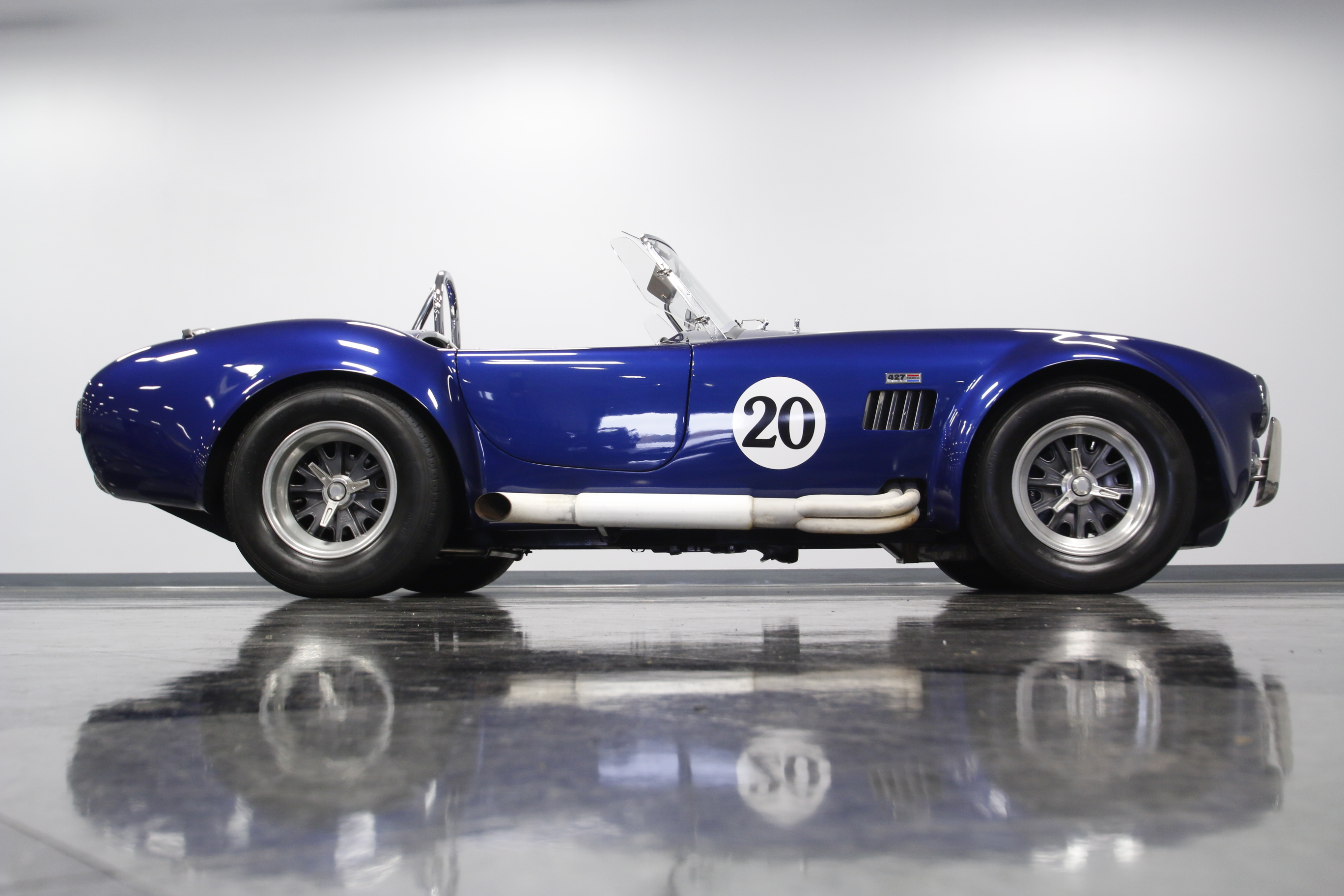 4353-CHA | 1965 Shelby Cobra Superformance | Streetside Classics