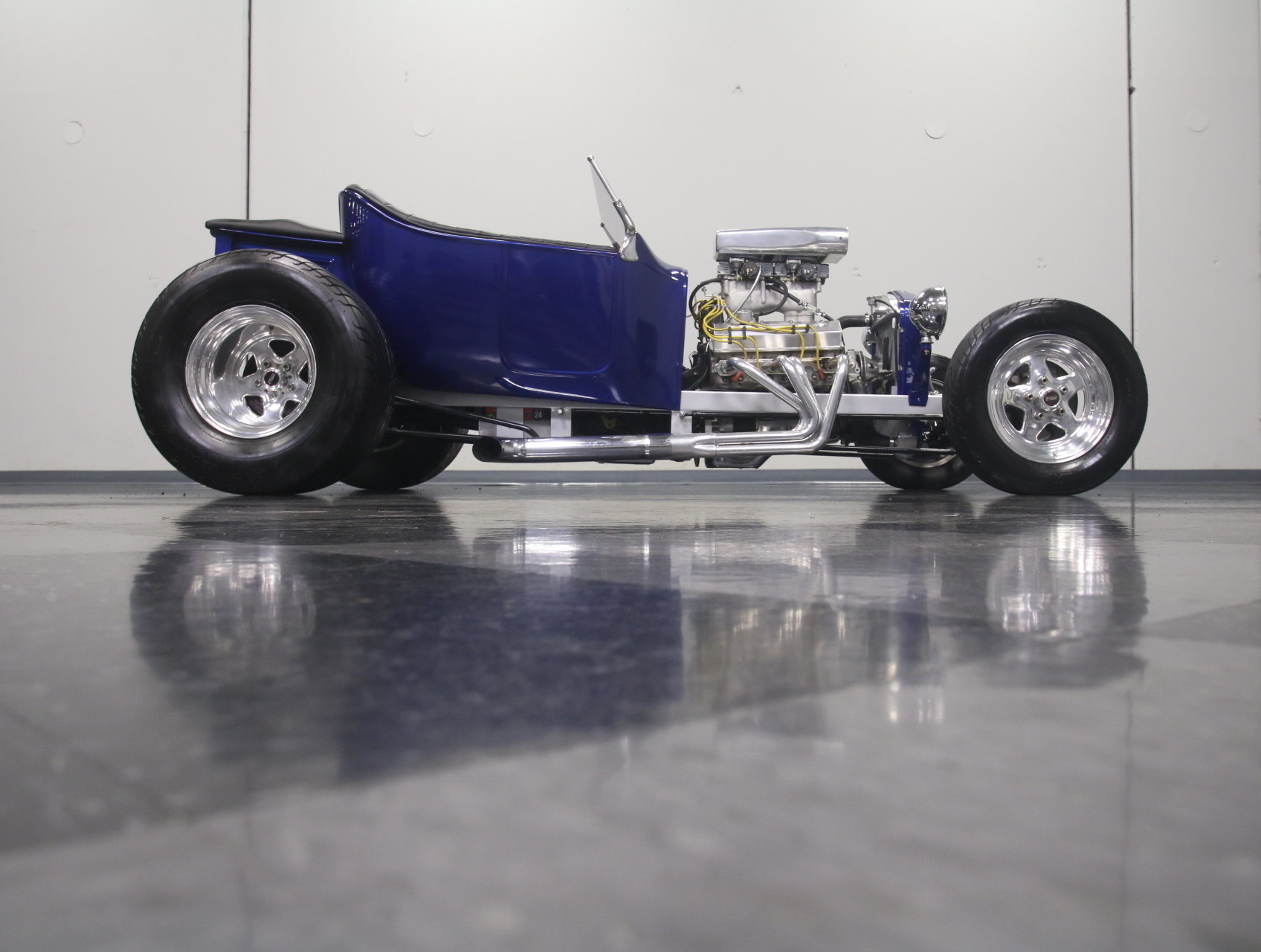 1923 Ford T-Bucket | Streetside Classics - The Nation\'s Trusted ...
