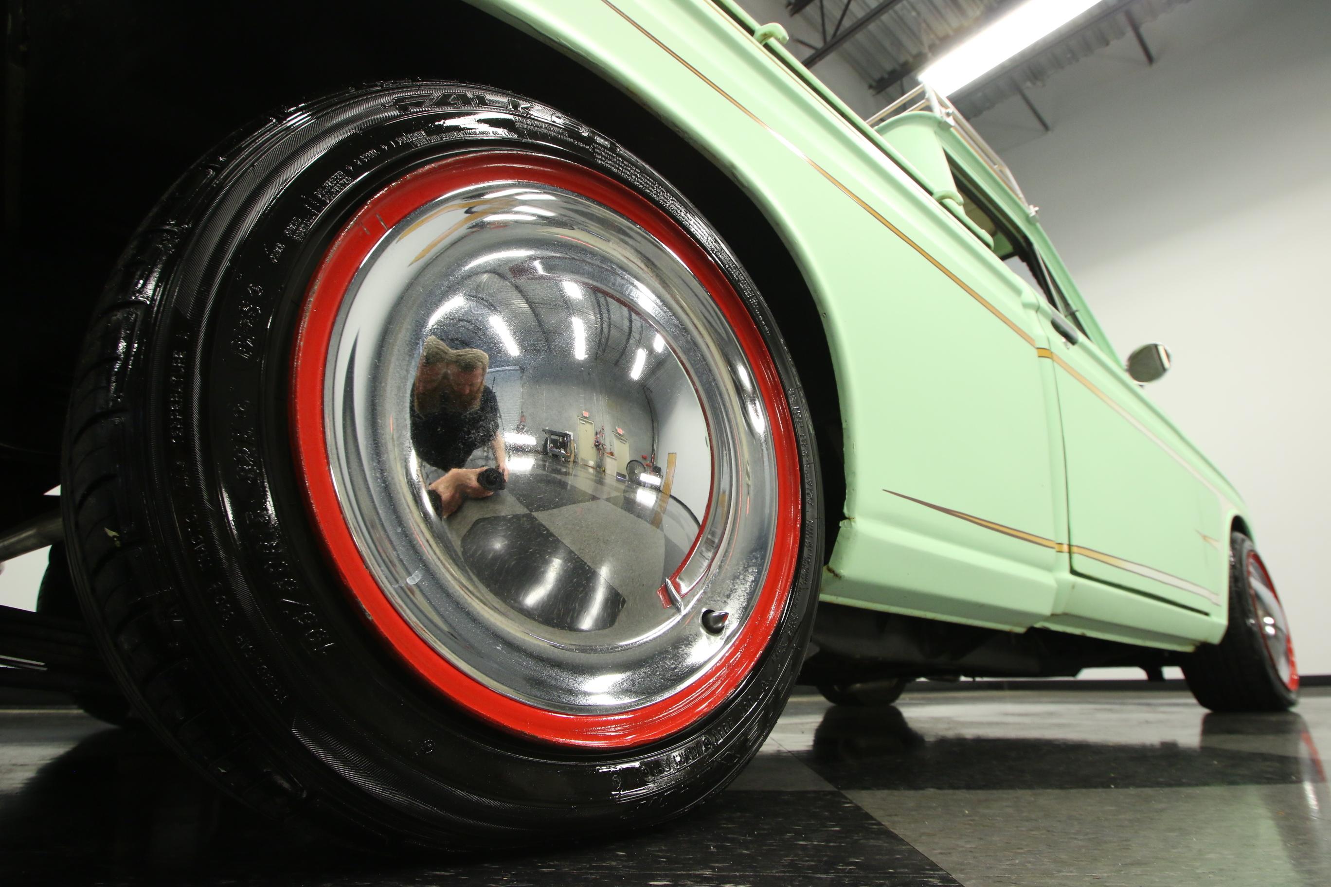 1069-TPA   1972 Datsun 1600 520 Pickup   Streetside Classics