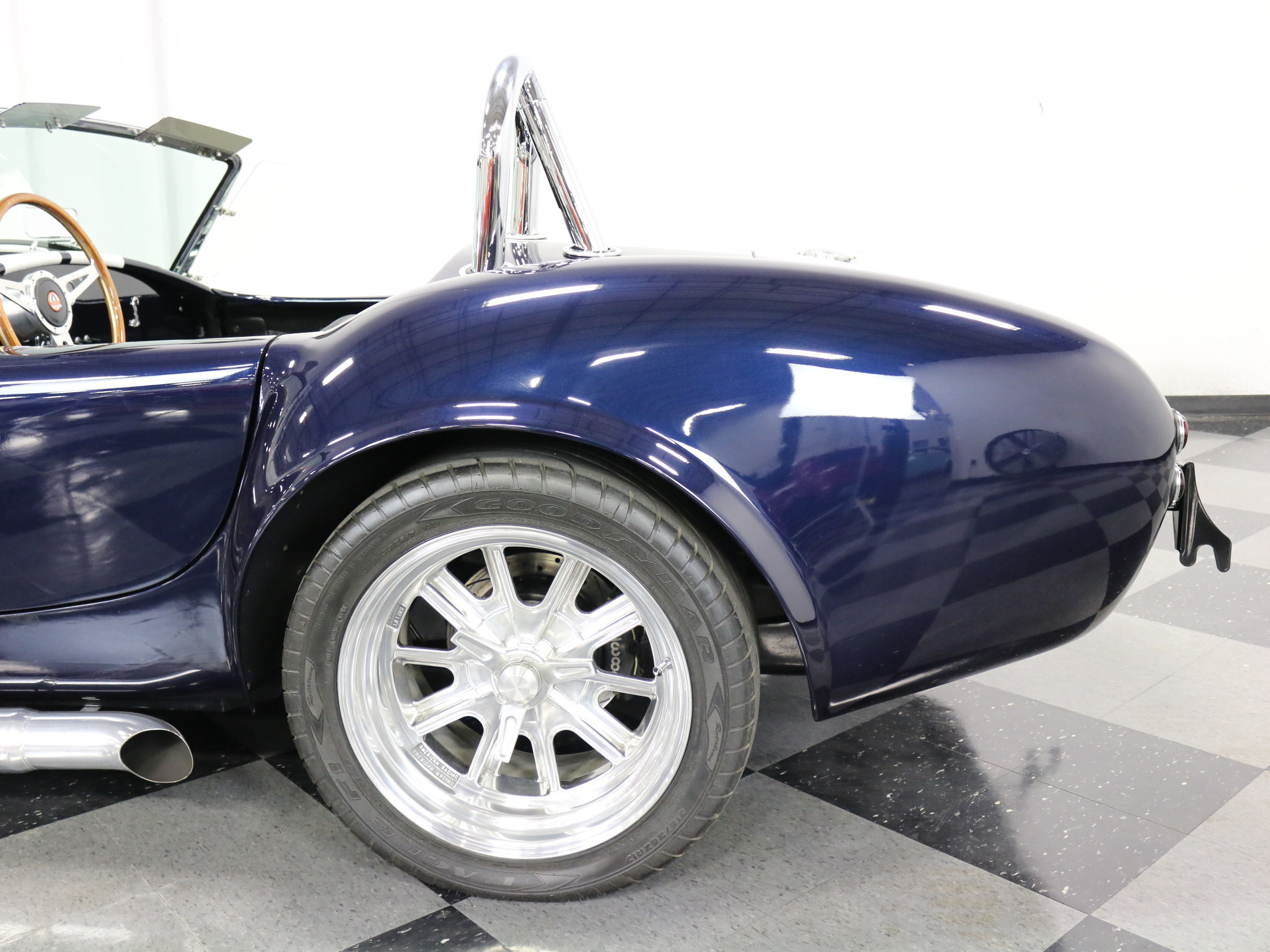1967 Shelby Cobra Replica: BEAUTIFUL & FRESH SHELL VALLEY, 351CI WINDSOR V8, 5 SPEED, 4 WHEEL WILWOOD DISCS
