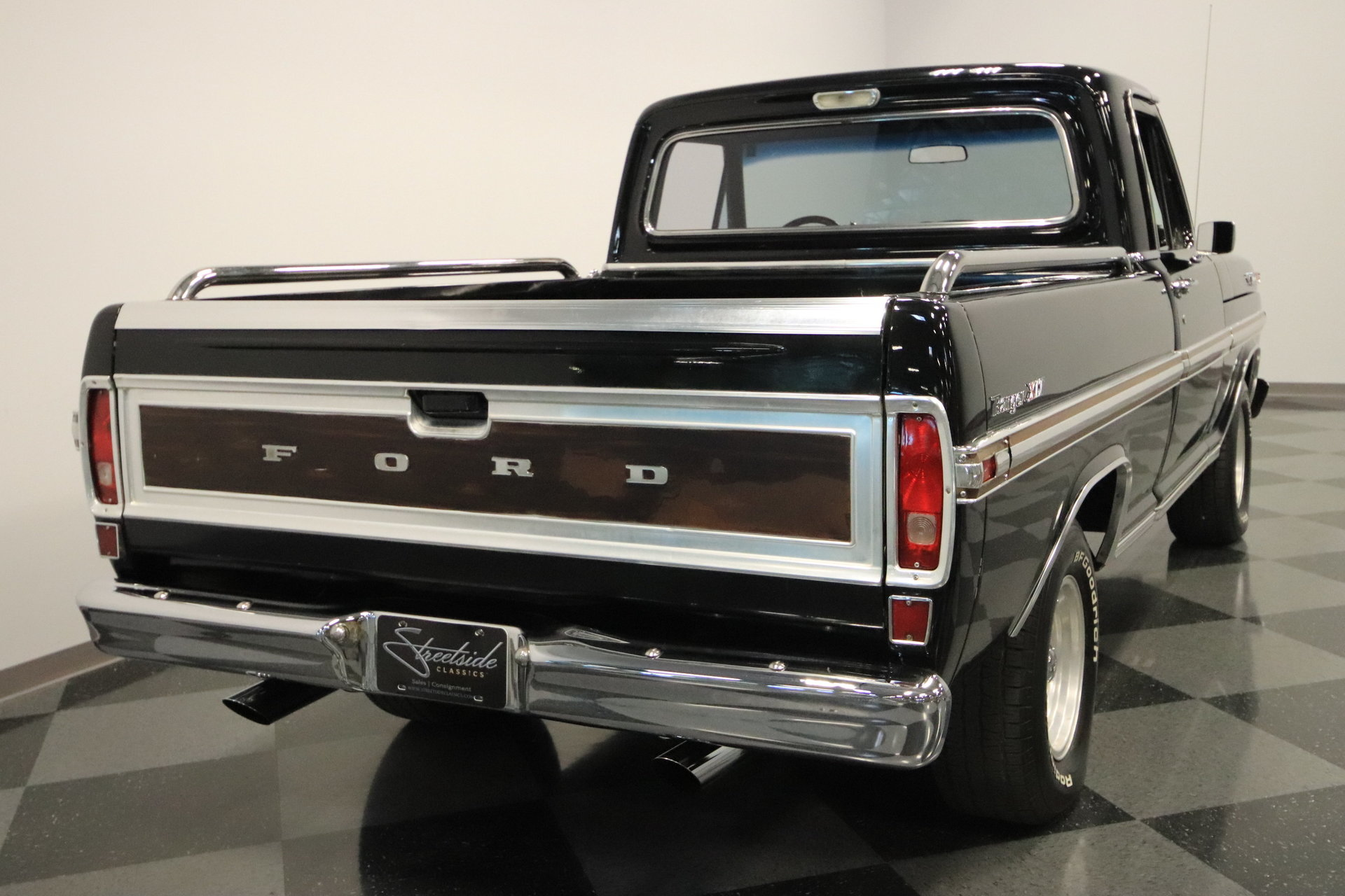 1971 Ford F 100 Streetside Classics The Nations Trusted Classic F100 Radio Trim View 360