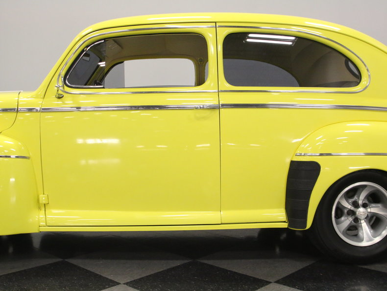 1942 ford 2 door sedan streetside classics classic for 1942 ford 4 door