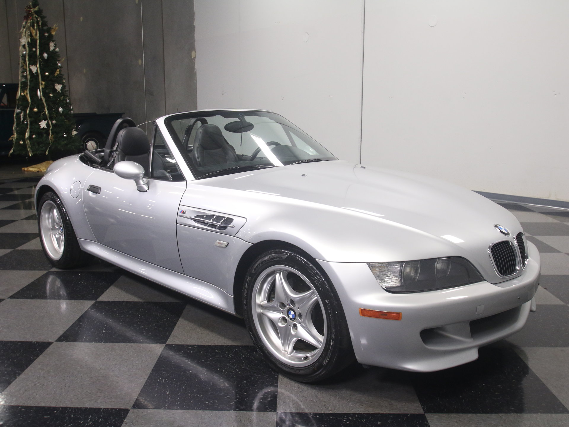 For Sale: 2000 BMW Z3. Spincar view. View 360