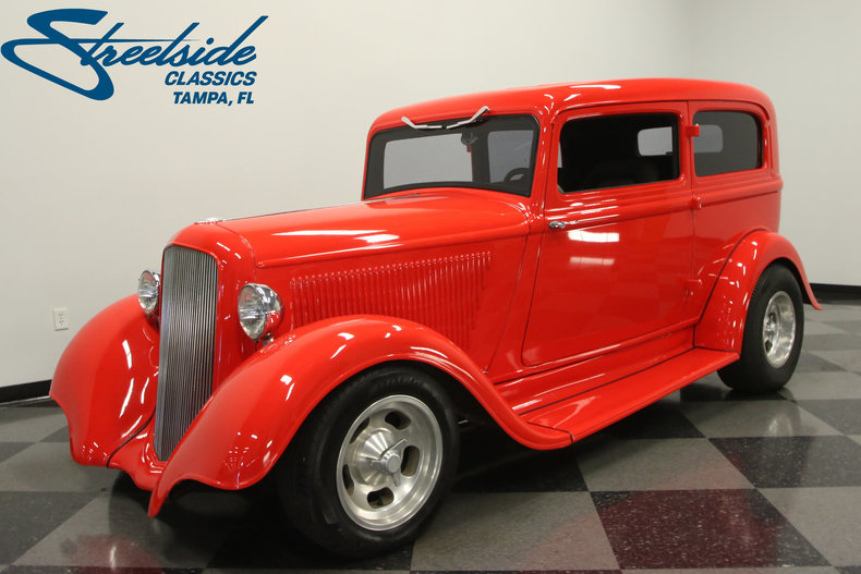 1933 plymouth 2 door touring sedan streetside classics for 1933 pontiac 4 door sedan