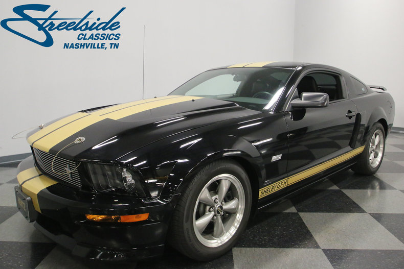 2006 ford mustang streetside classics the nation 39 s trusted classic car consignment dealer. Black Bedroom Furniture Sets. Home Design Ideas