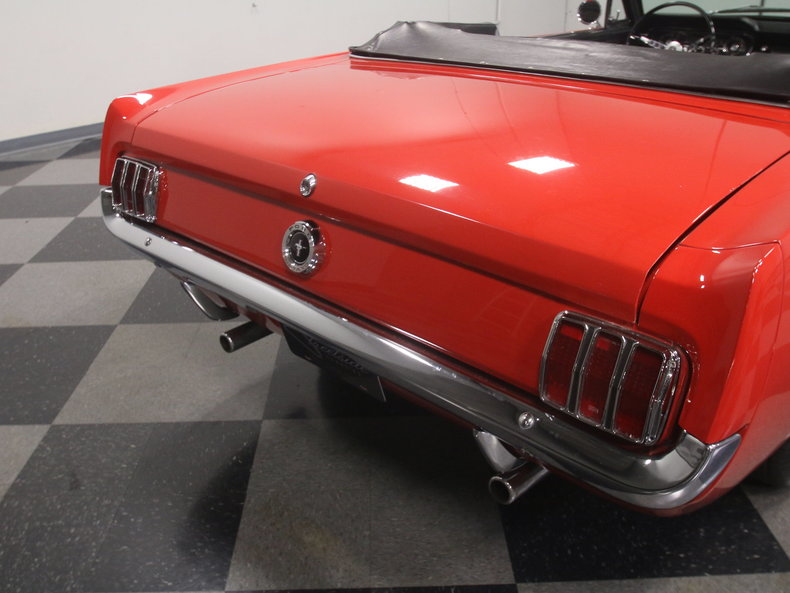1965 Ford Mustang 30