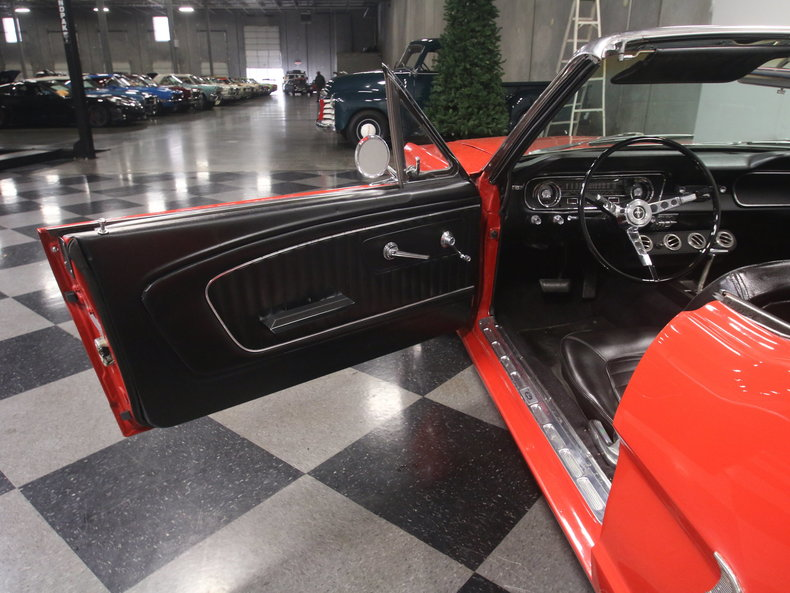 1965 Ford Mustang 45
