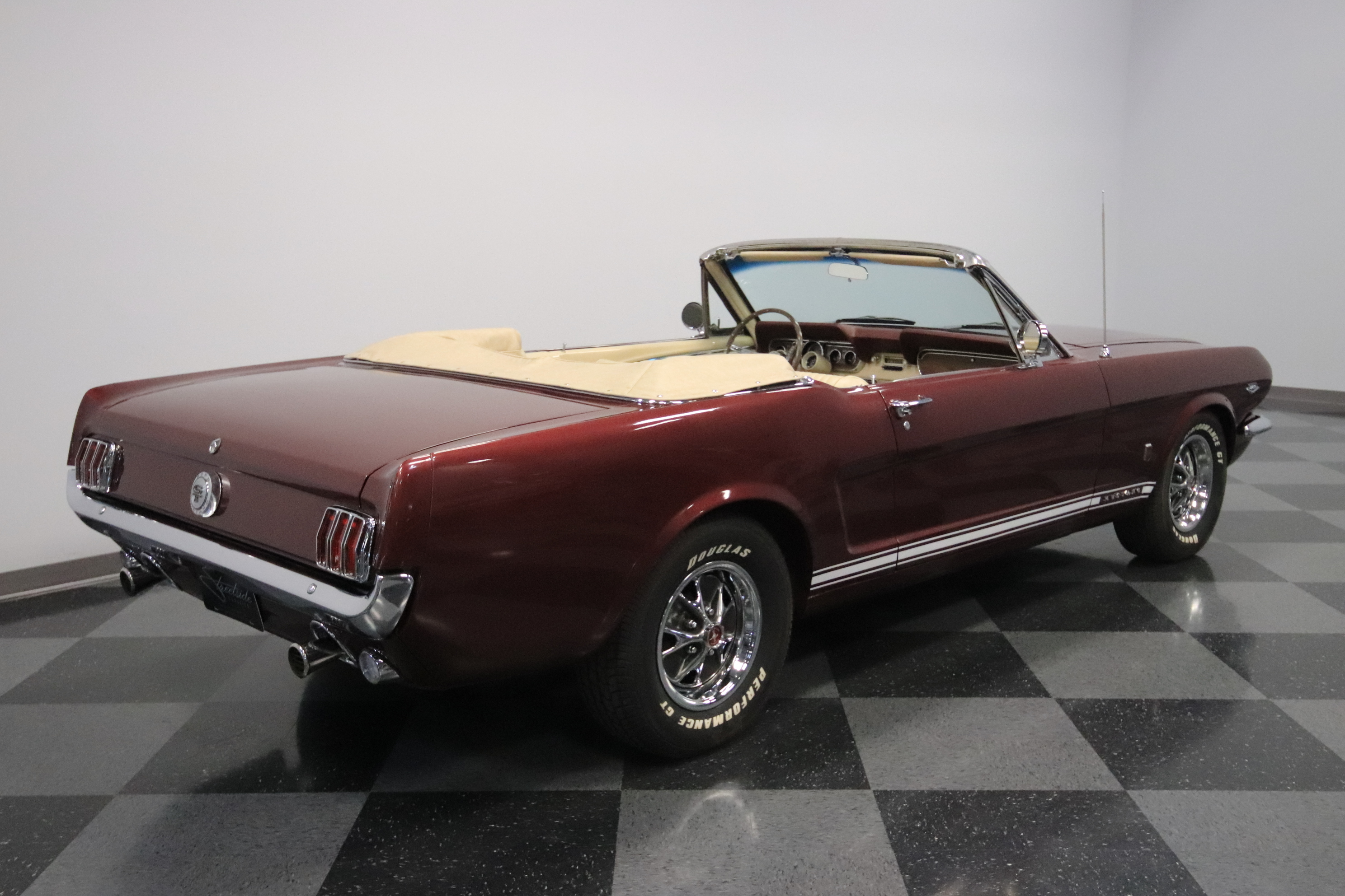 1966 Ford Mustang GT K-Code: K-CDE 289 V8, 4 ON THE FLR, RPRDUCTION OWNERS PCKT, FRONT DISCS, TOP-NOTCH RESTO