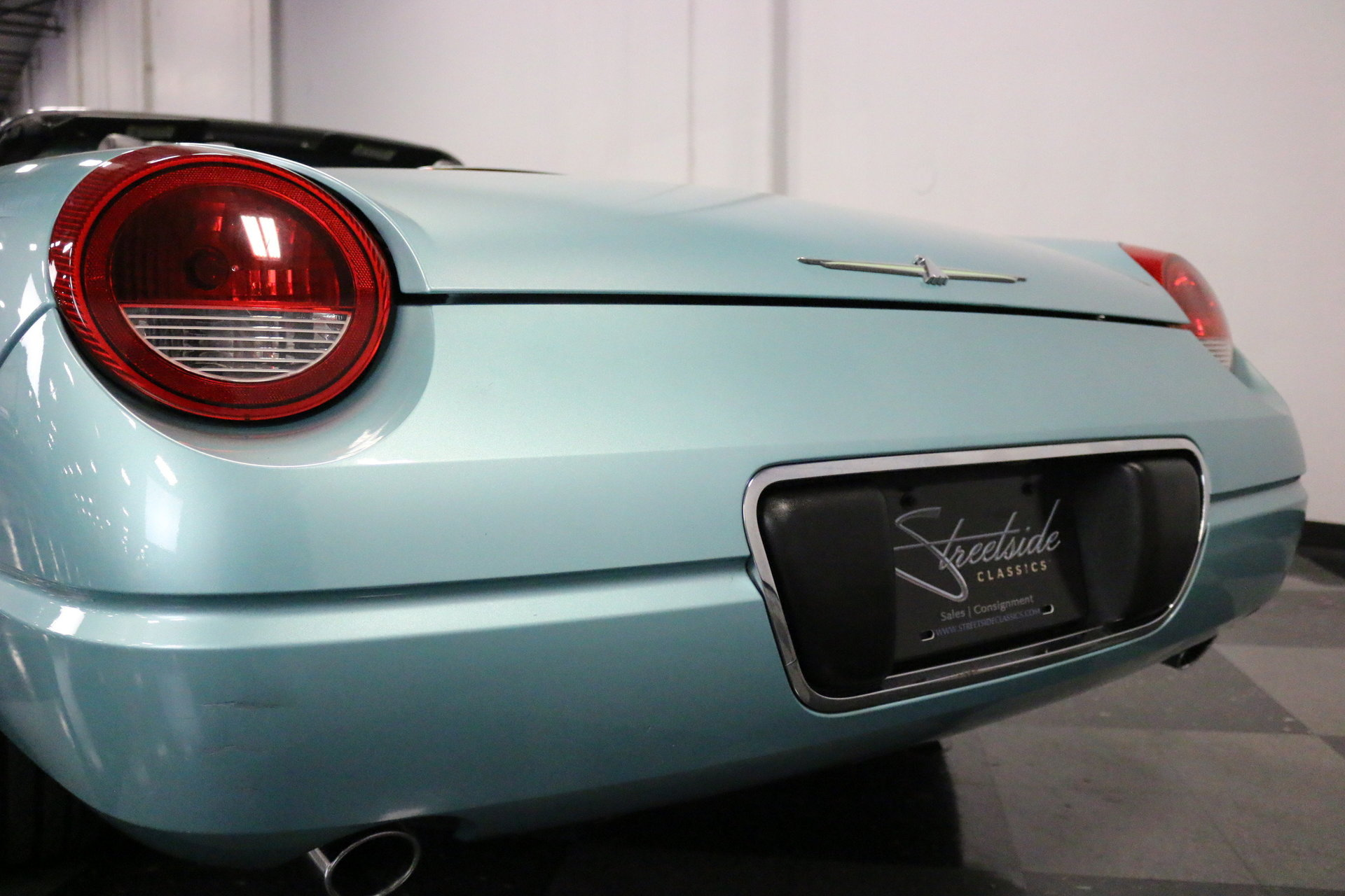 2002 Ford Thunderbird Streetside Classics The Nations Trusted 1964 Tail Light Show More Photos