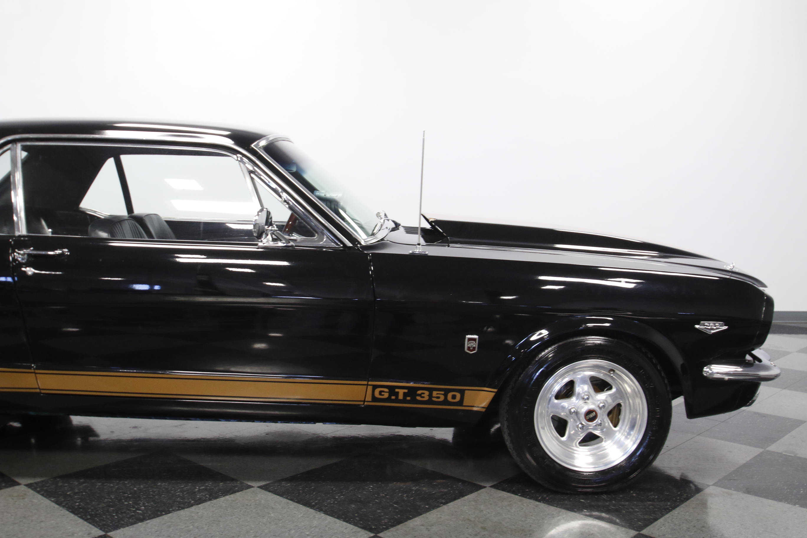 4468-CHA | 1966 Ford Mustang GT350 | Streetside Classics