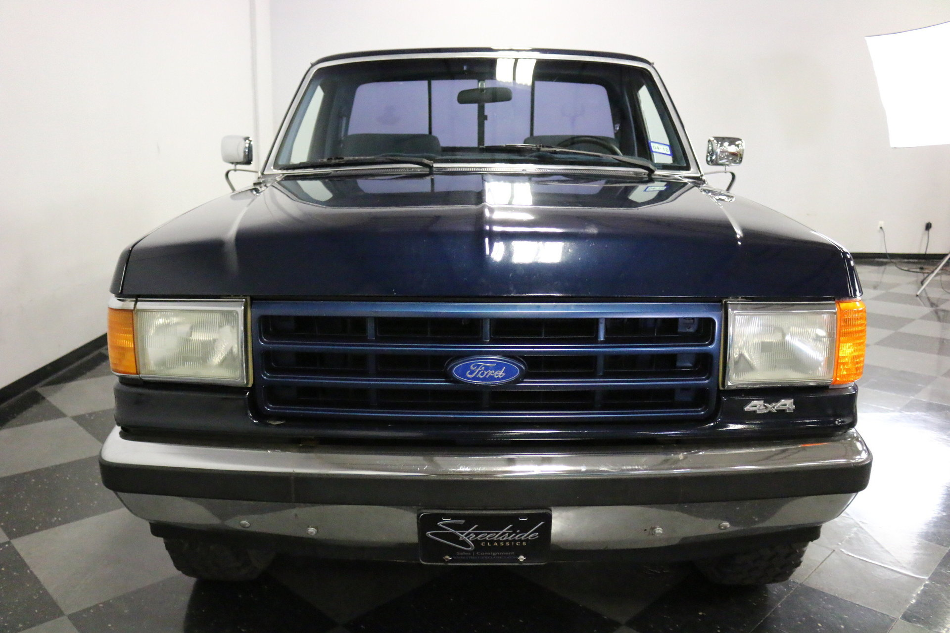 1991 Ford F 150 Streetside Classics The Nations Trusted Classic Xlt Lariat Spincar View Play Video 360