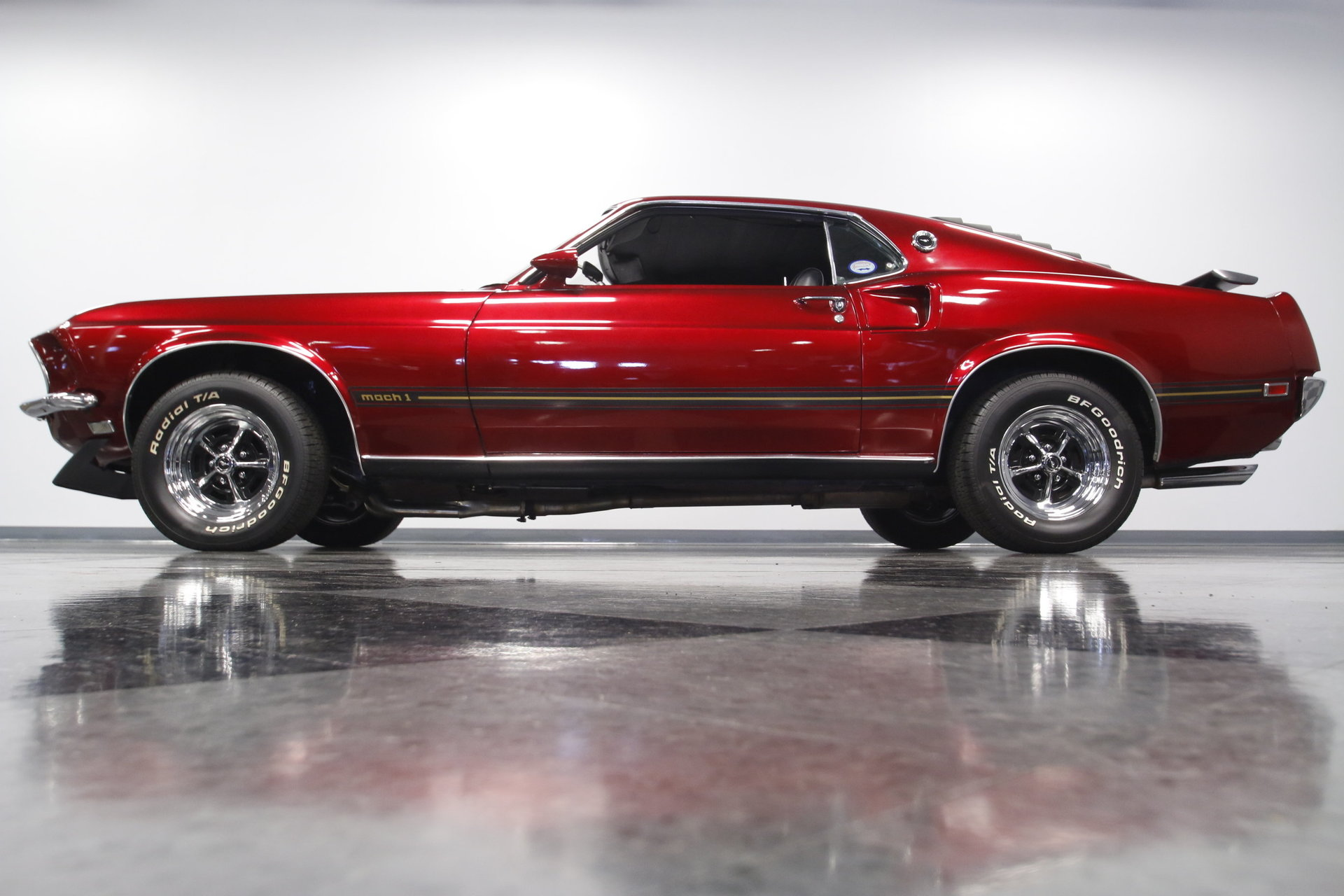 1969 ford mustang mach 1 cobra jet for sale 83585 mcg. Black Bedroom Furniture Sets. Home Design Ideas