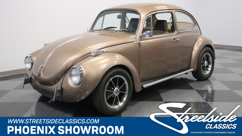 For Sale: 1971 Volkswagen Super Beetle