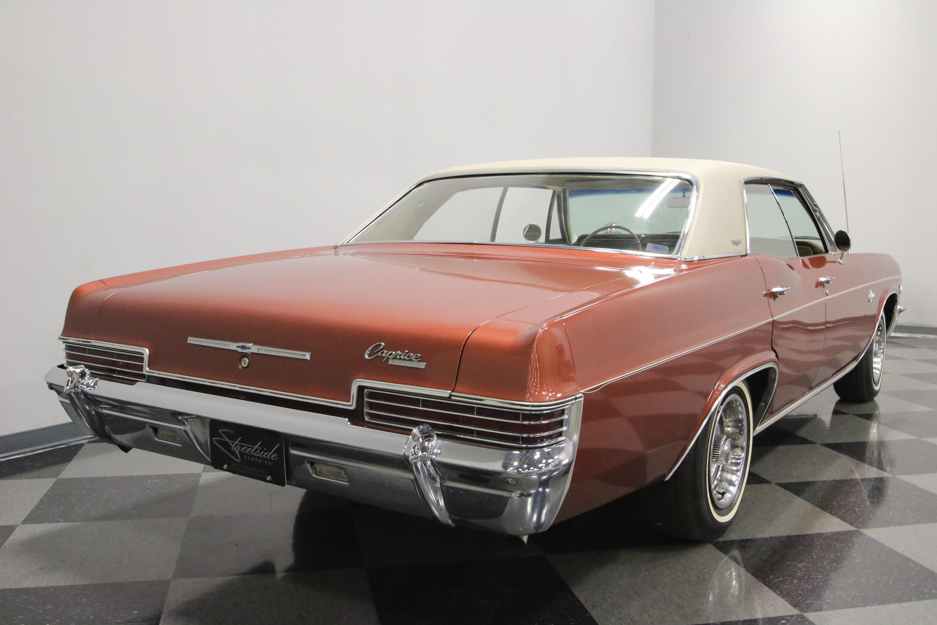 1966 Chevrolet Caprice Streetside Classics The Nations Trusted Chevy Wagon View 360
