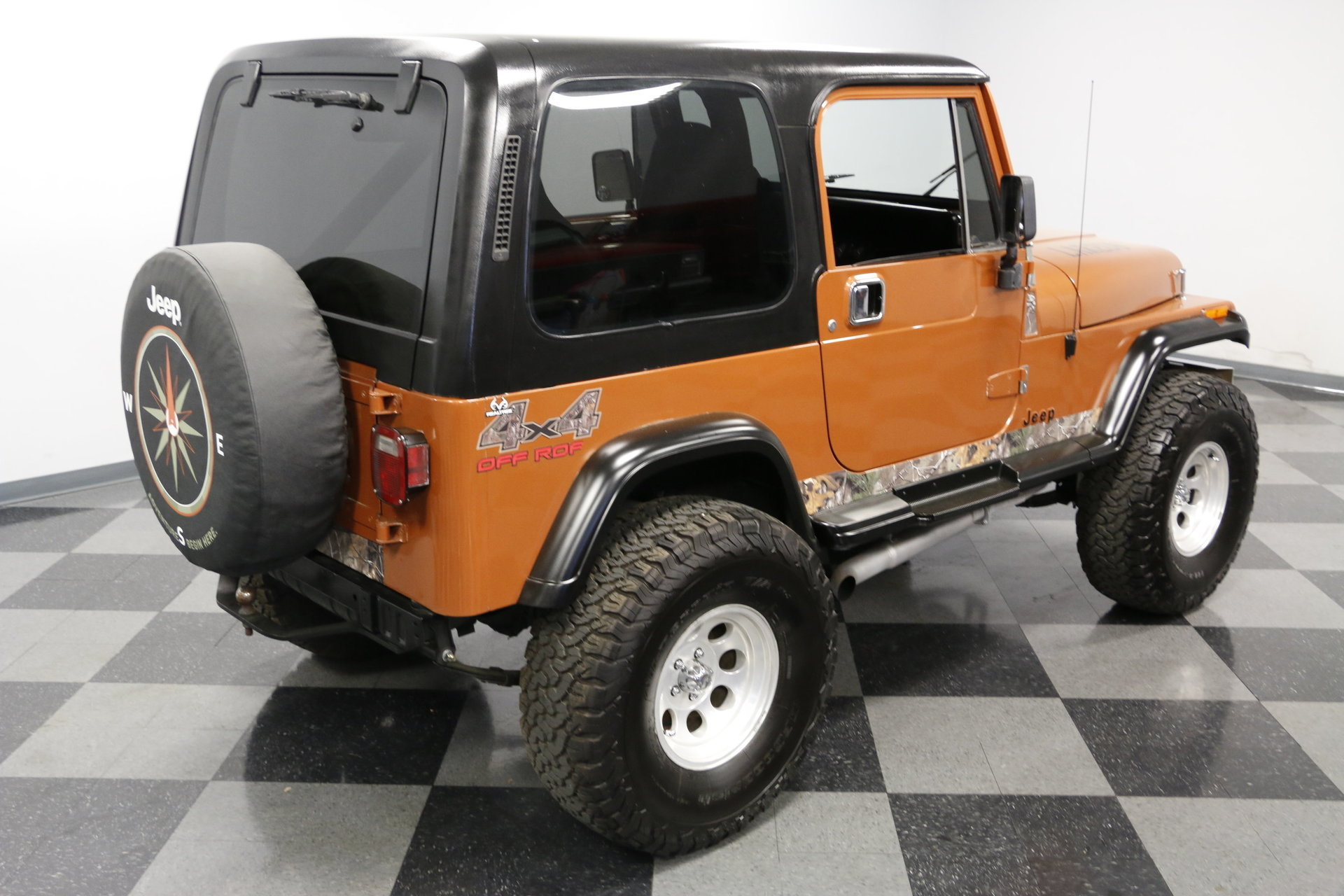 1988 Jeep Wrangler Streetside Classics The Nations Trusted Hard Top View 360