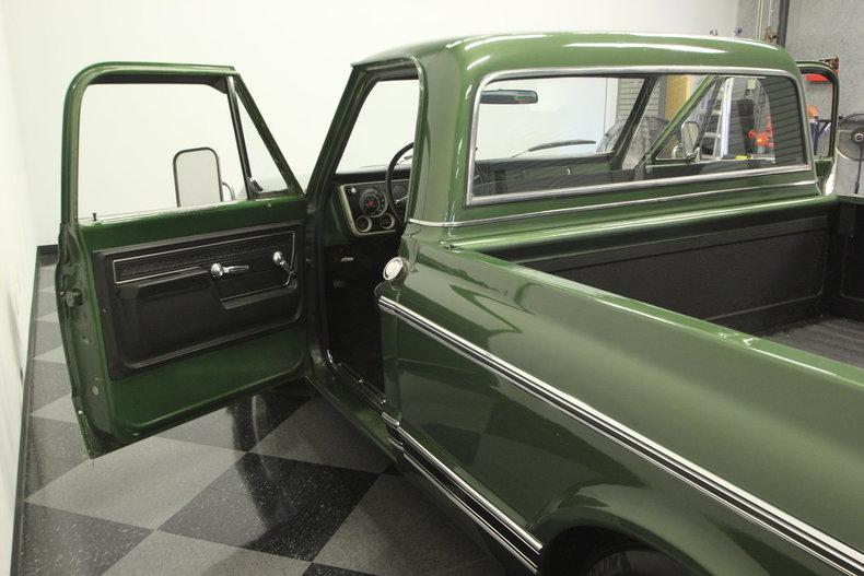 1972 Chevrolet C10 43
