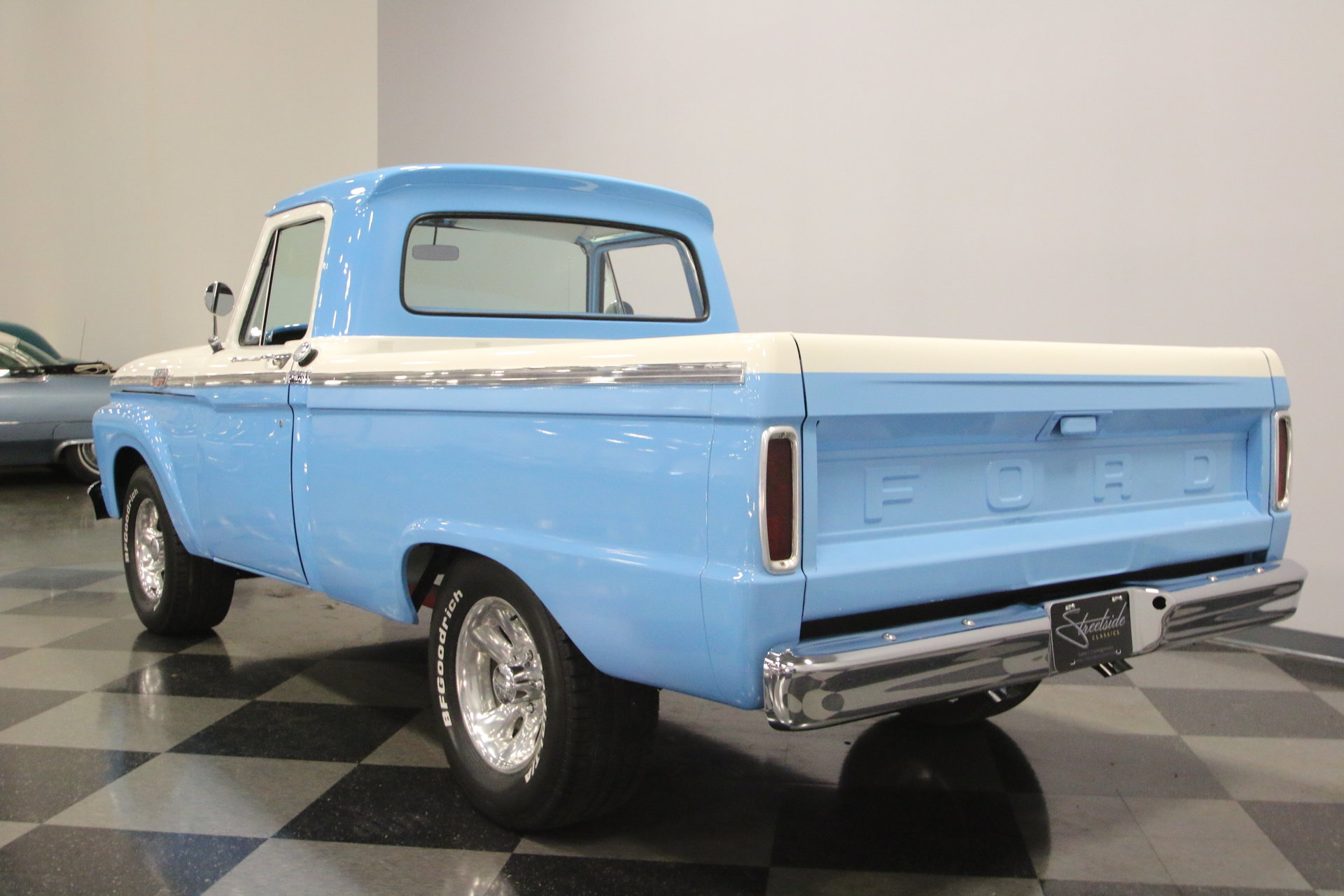 1964 Ford F 100 Streetside Classics The Nations Trusted Classic Pickup Truck View 360