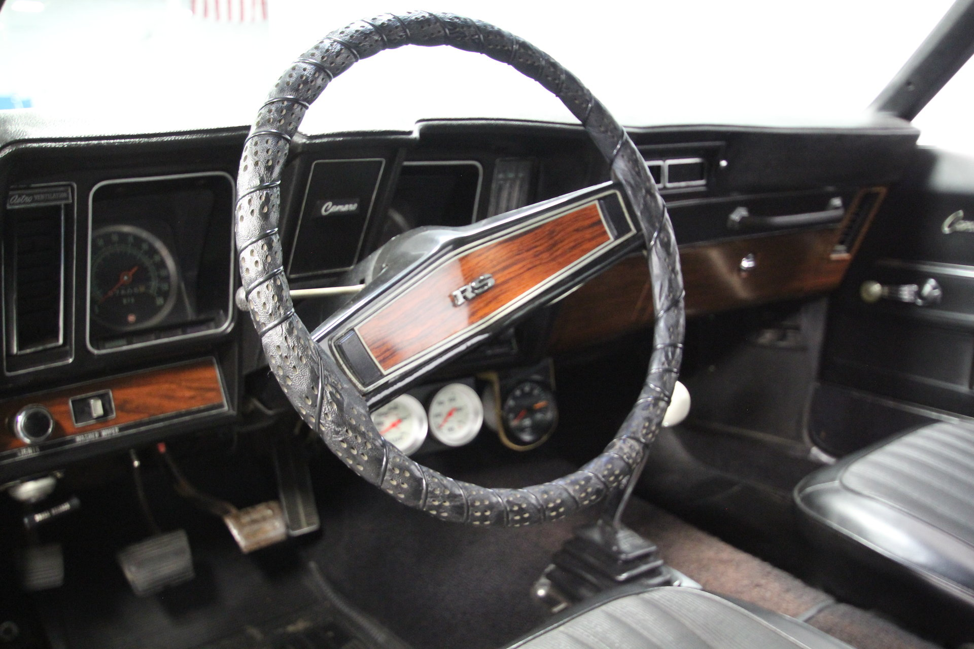 1969 Chevrolet Camaro Streetside Classics The Nations Trusted 69 Tach Wiring Diagram View 360