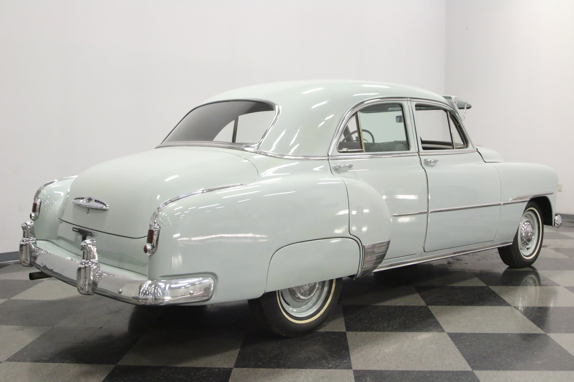1951 Chevrolet Deluxe Streetside Classics The Nations Trusted Paint Colors View 360