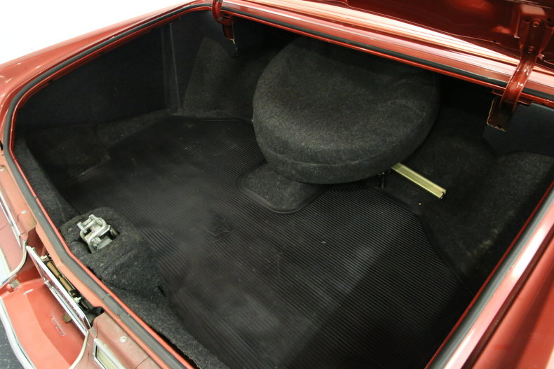 1976 Cadillac DeVille 29