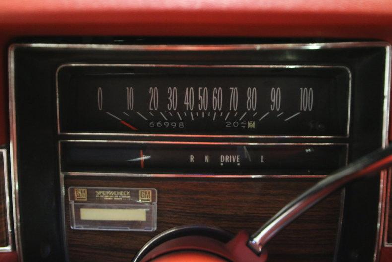 1976 Cadillac DeVille 36