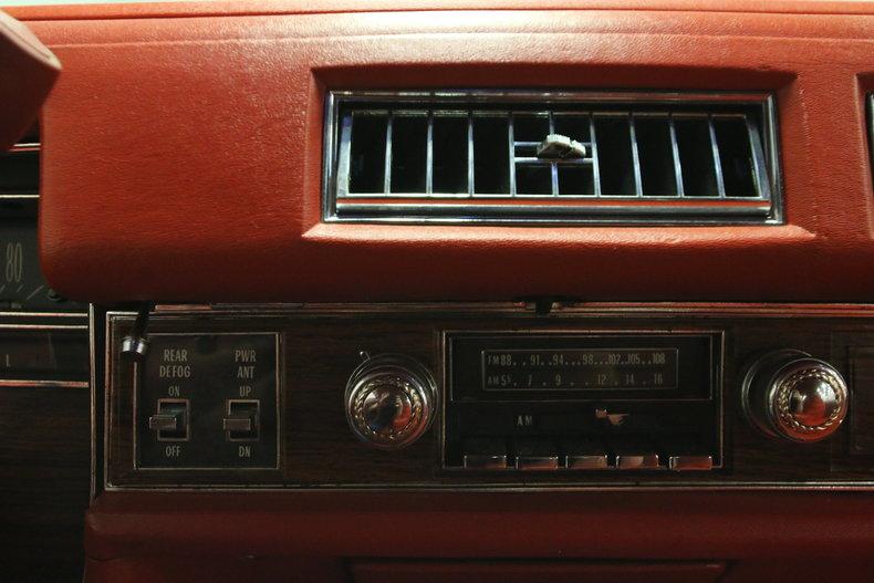 1976 Cadillac DeVille 37