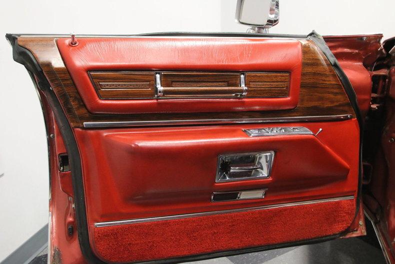 1976 Cadillac DeVille 31