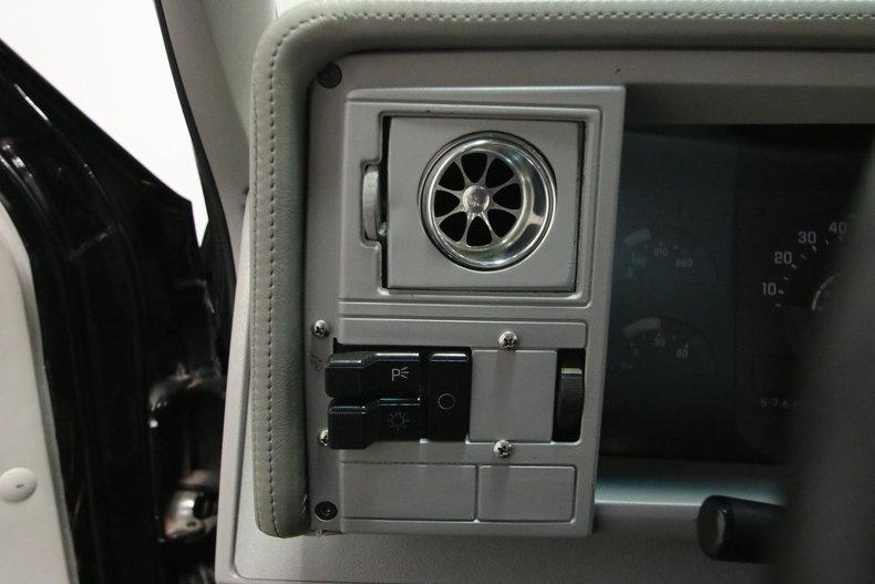 1989 Chevrolet C/K 1500 40