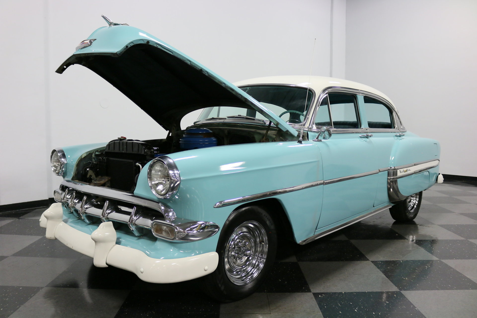 1954 Chevrolet Bel Air Streetside Classics The Nations Trusted Spincar View 360