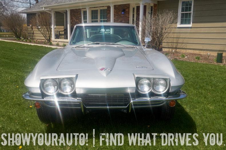 195504765681b low res 1966 chevrolet corvette