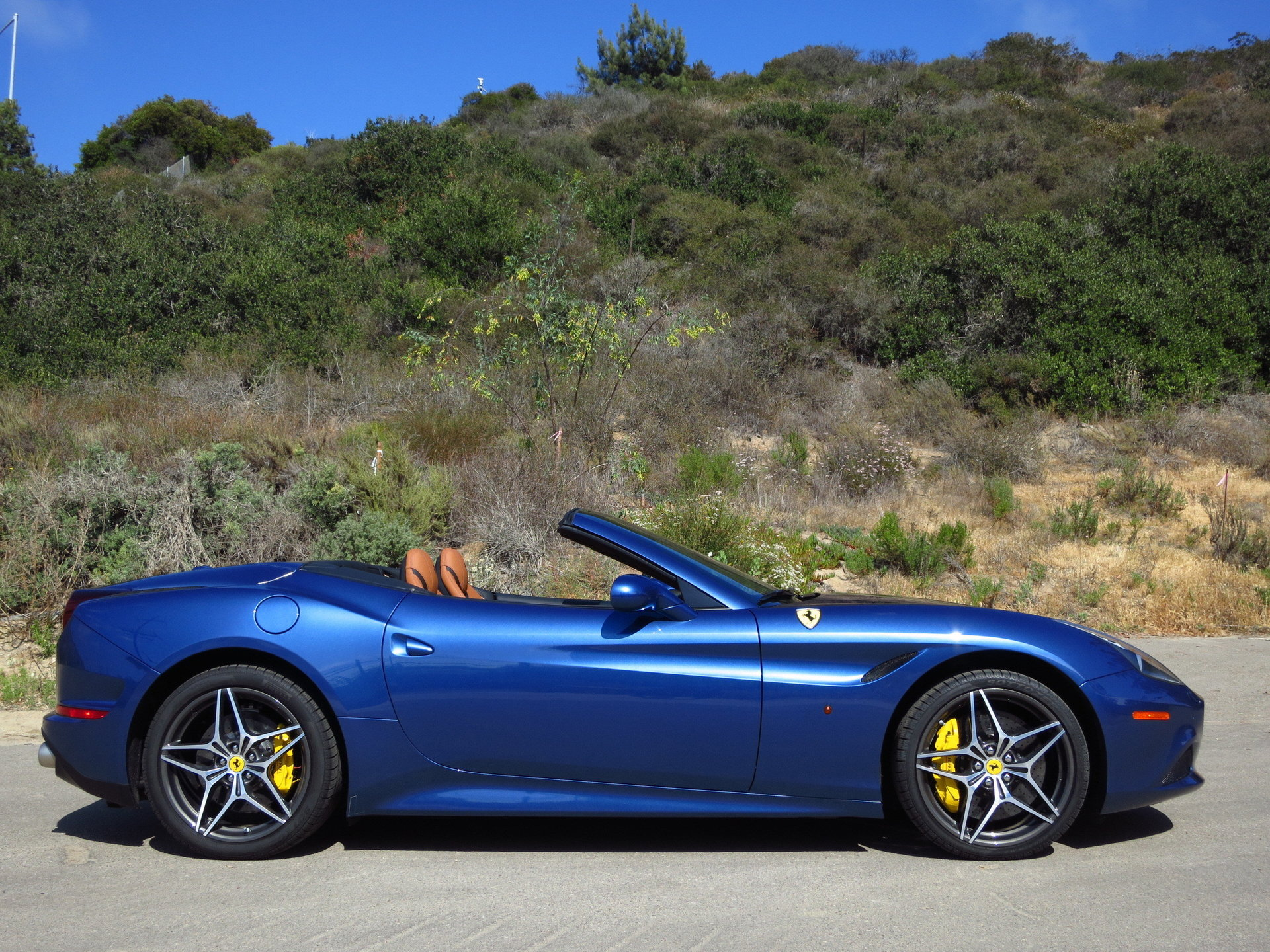 2017 ferrari california t for sale 90169 mcg. Black Bedroom Furniture Sets. Home Design Ideas