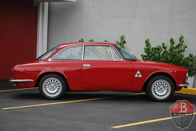 A Ffe Low Res on Alfa Romeo Gtv 2000 Specs