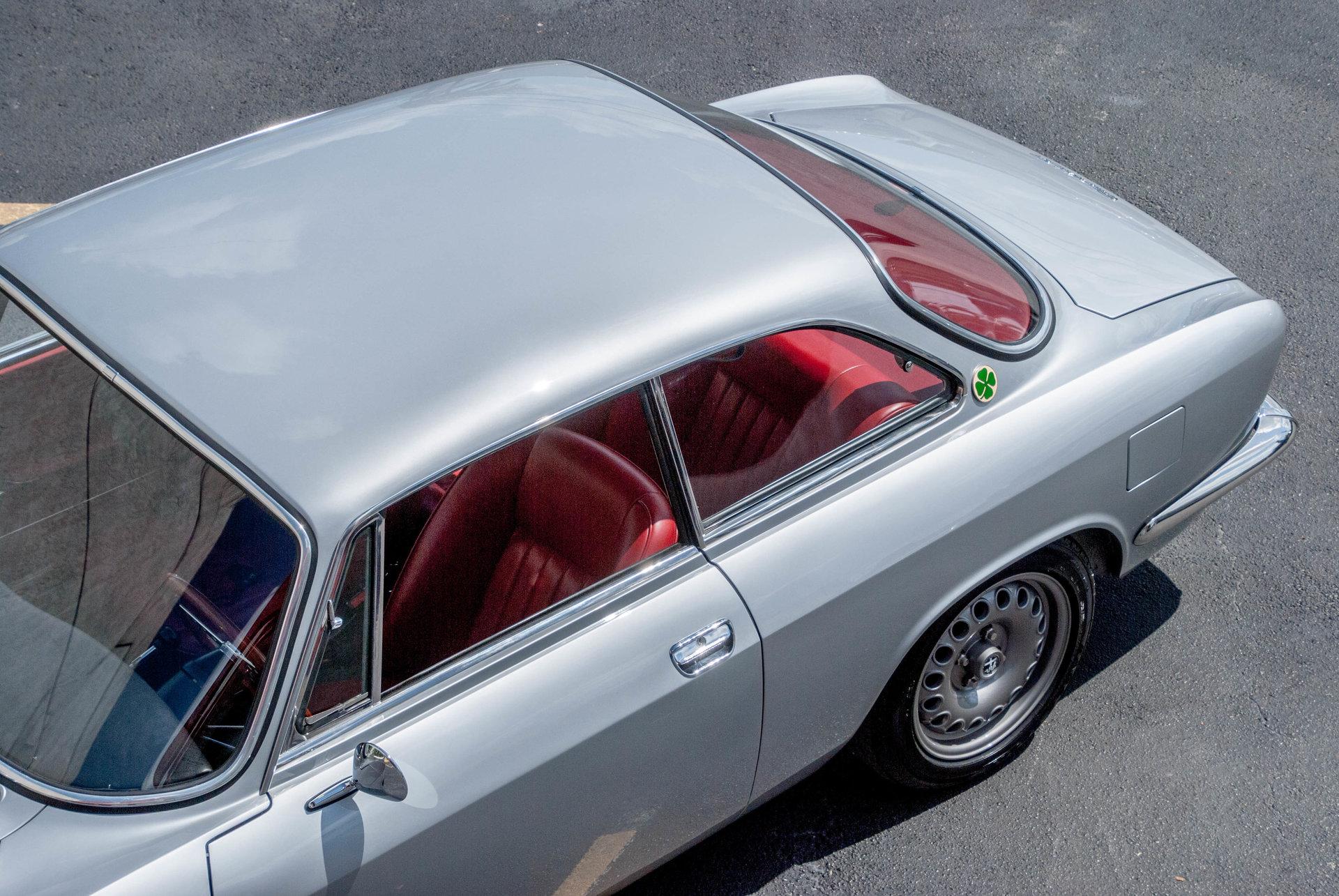 1967 alfa romeo giulia sprint gt veloce for sale 79718 mcg. Black Bedroom Furniture Sets. Home Design Ideas