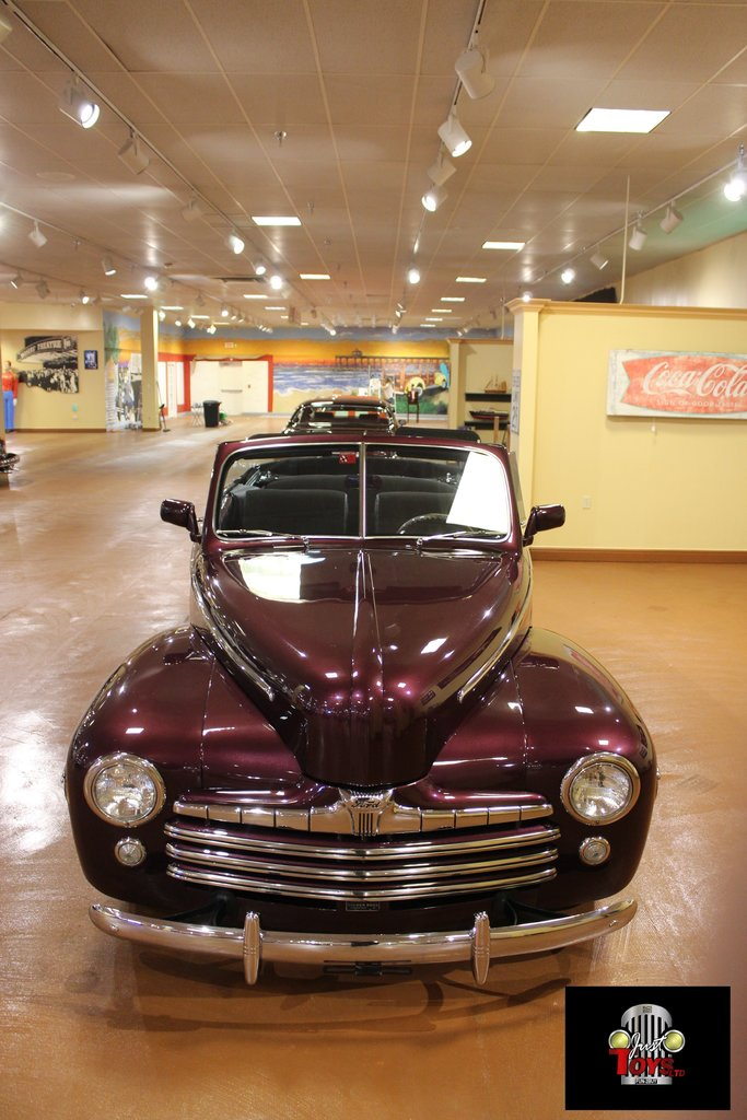 1948 Ford Deluxe