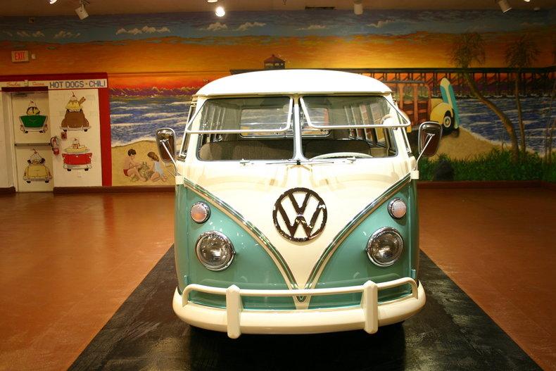 1967 Volkswagen T1 Bus