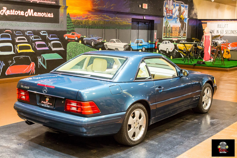1999 Mercedes-Benz SL500